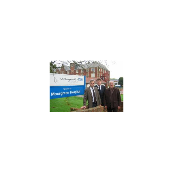 Chris Huhne MP, Cllr David Goodall and Cllr Tony Noyce outside the threatened Moorgreen Hospital