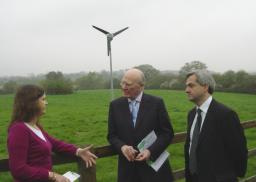 Sir Ming discusses Eastleigh's wind turbine with Cllr Louise Bloom and Chris Huhne MP