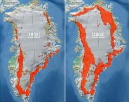 In Greenland melting ice sheet